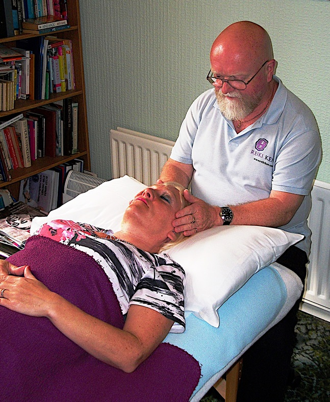 Book a Reiki session today!
